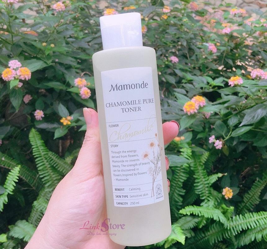 Nước hoa hồng hoa cúc Mamonde Chamomile Pure Toner - Nước hoa hồng chiết xuất từ hoa cúc!