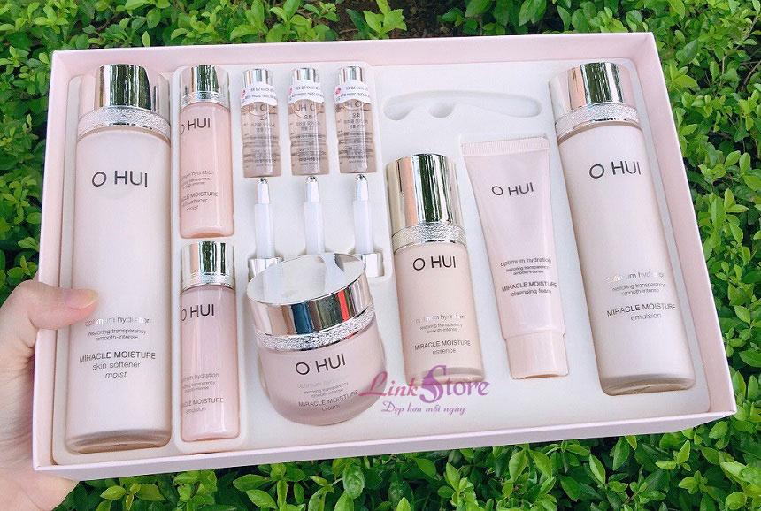 Bộ dưỡng ẩm Ohui Miracle Moisture Special Set - Dưỡng da ẩm mịn, cải thiện da hư tổn...