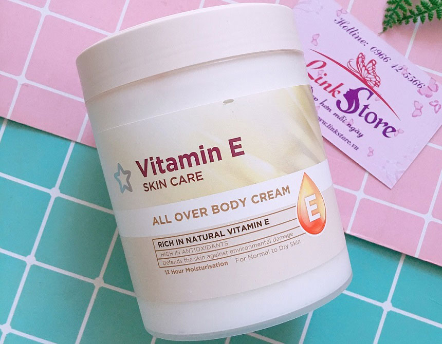 Dưỡng thể SuperDrug Vitamin E All Over Body Cream