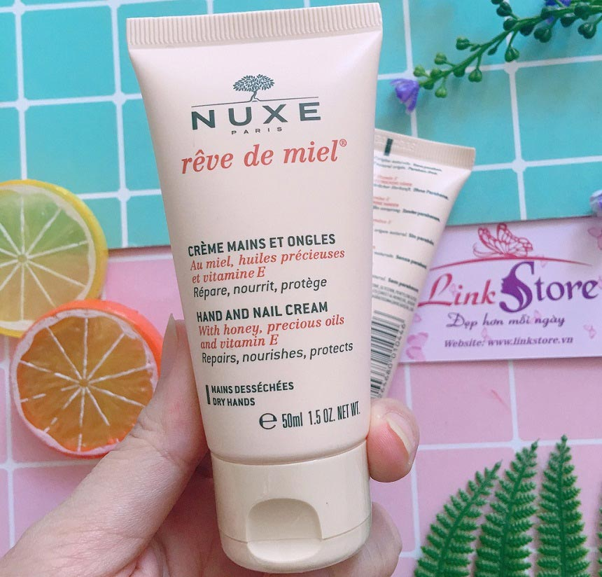 Kem dưỡng tay Nuxe Hand And Nail Cream
